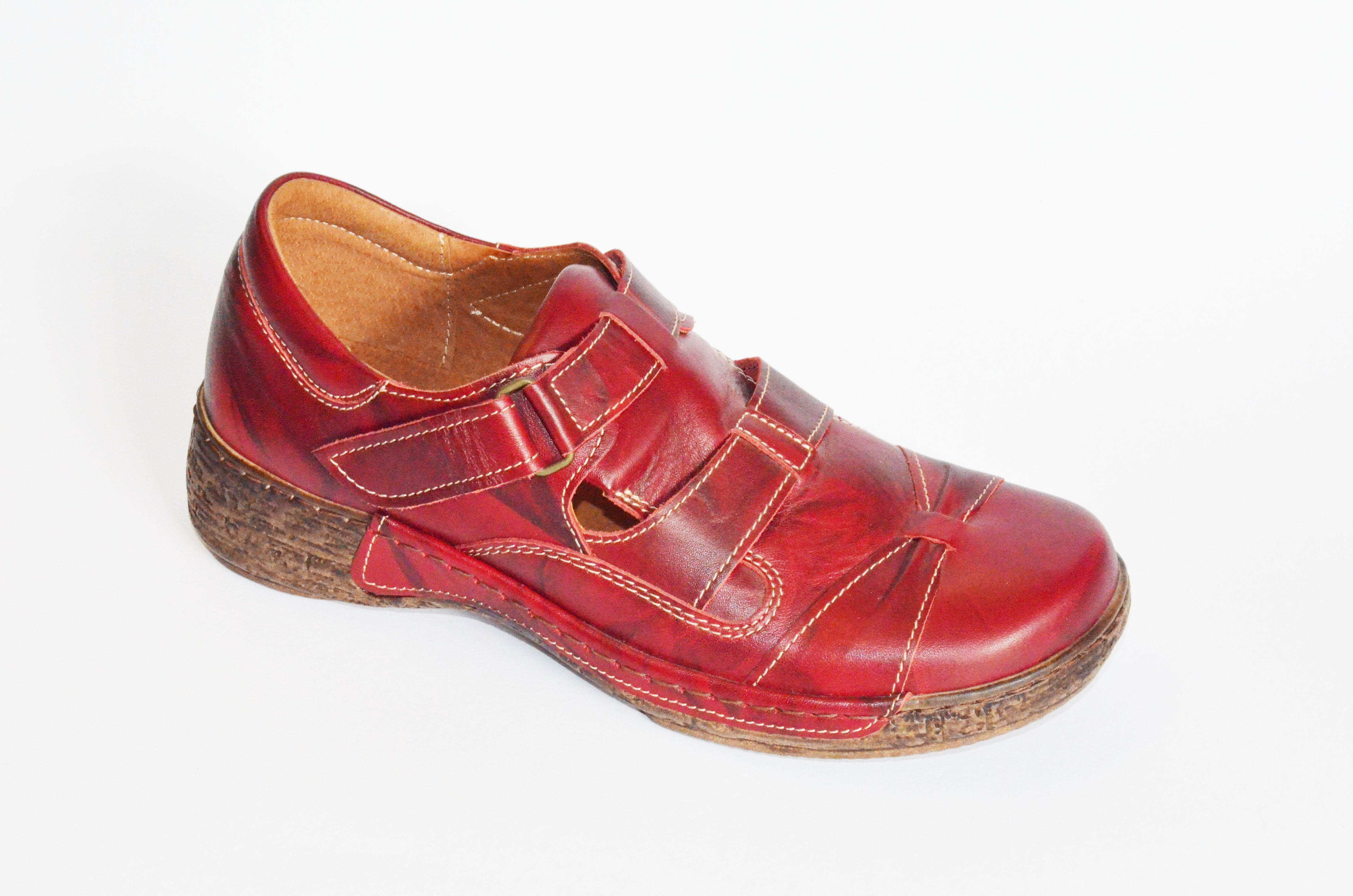 99459d5bd71 Dámská vycházková obuv